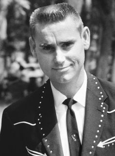 George Jones Country all-time great, George Glenn Jones was born on Sept. 1931 in Saratoga, Texas. Best Country Singers, Best Country Music, Country Music Videos, Country Music Artists, Country Music Stars, Country Playlist, Country Songs, George Jones, Tammy Wynette