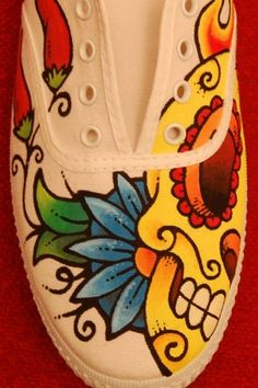 thought of you Guillén Guillén Custom Painted Shoes, Painted Toms, Painted Canvas Shoes, Painted Sneakers, Painted Clothes, Hand Painted Shoes, Custom Shoes, Sharpie Shoes, Sharpie Art