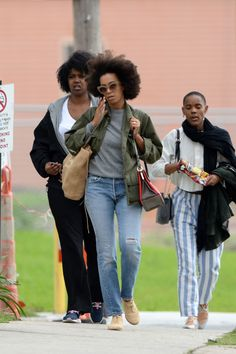 celebritiesofcolor: Solange Knowles out in New Orleans
