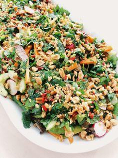 En riktig favorit ni måste testa - Asiatisk biffsallad i ny version - Recept Wine Recipes, Asian Recipes, Cooking Recipes, Ethnic Recipes, Healthy Foods To Eat, Healthy Eating, Zeina, Vegetarian Recipes, Healthy Recipes