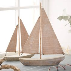 Large Natural Wood Sailing Boat - - The Contemporary Home Painted Driftwood, Driftwood Art, Sailboat Decor, Boat Crafts, Driftwood Projects, Wood Boats, Wooden Ship, Wood Home Decor, Boat Design