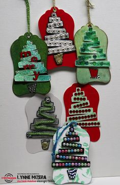 Lynne's Art World: More Christmas Tags That Glitter and Sparkle...
