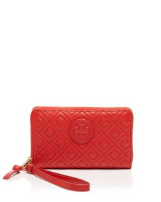Tory Burch Wristlet - Marion Quilted Smartphone