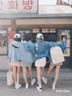 Kalo mau request di picture 2 aja y # Random # amreading # books # wattpad Korean Fashion Trends, Korean Street Fashion, Korea Fashion, Asian Fashion, Girl Fashion, Mode Ulzzang, Ulzzang Korean Girl, Ulzzang Couple, Korean Best Friends