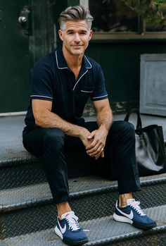Best Casual Fall Men Work Outfits For Meeting 18 - Men's Fashion Casual Summer Outfits, Casual Fall, Men Casual, Spring Outfits, Eric Rutherford, Mode Outfits, Nice Dresses, Menswear, Male Models