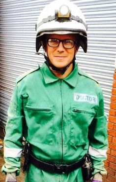 Ethan Hardy ready to rescue! Casualty Tv Show, Casualty Cast, Hospital Tv Shows, Holby City, Bbc Drama, Television Program, Dr Who, Glee, 21st Century