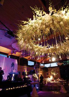 Lighting reception decor halo canopy floral chandelier Wedding Flower Arrangements, Floral Arrangements, Lustre Floral, Hanging Centerpiece, Centerpieces, Floral Wedding, Wedding Flowers, Flower Dance, Flower Chandelier