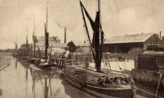 Sail Boats, Old London, Forts, Wooden Boats, Tall Ships, Cover Photos, Sailing Ships, Artist, Pictures