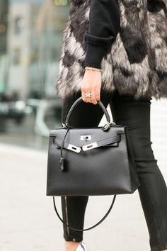 Faites-vous plaisir avec ce Birkin noir d'Hermès. // www.leasyluxe.com #black #fashion #leasyluxe