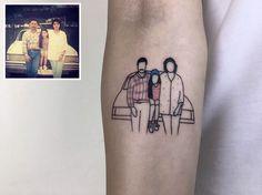 Algumas fotos antigas de família são tão importantes para nossa história, que deveriam ser eternizadas de alguma forma. Um tatuador turco chamado Alican Gor