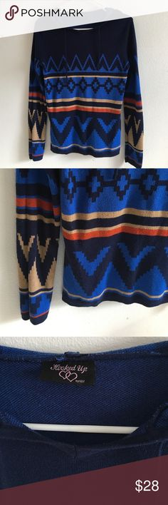 •Native Print Colorful  Hooded Sweater Top🌹 Very soft and in good used condition. Has minimal piling on sleeves. Size small. Measurements - arm length = 24 & 1/2 inches. Length from shoulder = 24 inches Macy's Tops Sweatshirts & Hoodies