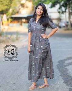 Want to know where to shop the best of South Indian Ethnic dresses and sutis? Do check out these 3 brands collection. Silk Kurti Designs, Kurta Designs Women, Kurti Designs Party Wear, Blouse Designs, Long Dress Design, Stylish Dress Designs, Stylish Dresses, Kalamkari Dresses, Ikkat Dresses