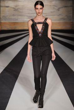 Matthew Williamson Fall 2014 Ready-to-Wear Fashion Show - Pauline Hoarau