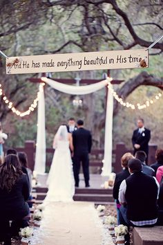 Oh goodness! God's Timing-describes our story perfectly ♡ Looking for christian wedding ideas and inspiration? Here's 5 Christian wedding ideas at ceremony Wedding Wishes, Wedding Signs, Our Wedding, Dream Wedding, Wedding Beauty, Godly Wedding, Trendy Wedding, Wedding Blog, Wedding Phrases