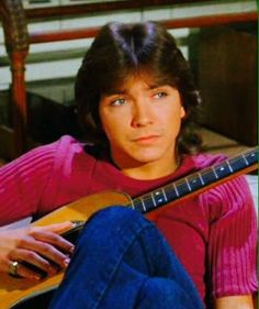 US teen idol David Cassidy, best known as Keith Partridge on the hit 1970s series The Partridge Family, died November 22, 2017 at the age of 67 from liver failure.