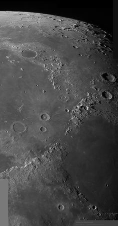 High Resolution images of the moon by amateur astronomer Alan Friedman. Cosmos, Sistema Solar, Moon Texture, Apollo Space Program, Planets And Moons, Astronomy Pictures, Planets Wallpaper, Space Backgrounds, Space Images