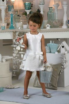 Baby Girl Dresses, Baby Dress, Flower Girl Dresses, Baby Sewing, Fashion Kids, Diana, Wedding Dresses, Inspiration, Clothes