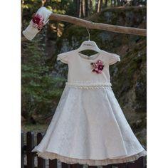 Χειμερινό βαπτιστικό φόρεμα Mi Chiamo από μπροκάρ ύφασμα σε μπεζ απόχρωση με γούνινη κορδέλα, Χειμωνιάτικο φόρεμα βάπτισης επώνυμο-μοντέρνο-οικονομικό, Χειμερινά βαπτιστικά ρούχα κορίτσι τιμές-προσφορά Girls Dresses, Flower Girl Dresses, Wedding Dresses, Fashion, Dresses Of Girls, Bride Dresses, Moda, Bridal Gowns, Fashion Styles