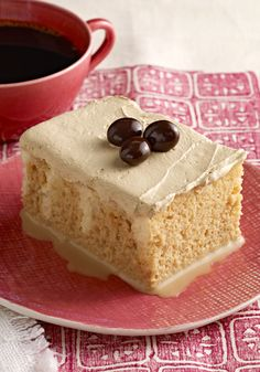 Start our Coffee Tres Leches Cake with a cake mix and watch the magic happen! This ultra-moist & milky Coffee Tres Leches Cake has delicious coffee flavor. Kraft Foods, Kraft Recipes, Cake Recipes, Dessert Recipes, Mexican Desserts, Chocolate Tres Leches Cake, Mini Chocolate Cheesecake, Chocolate Mousse Cake, White Chocolate