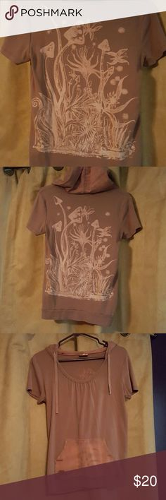 Gypsy Rose Mushroom Hooded Tee Great condition. Brown tye dye on pocket and hood. Beautiful psychedelic picture on back. Tag says free size but I'd say it could fit someone who wears a medium well. Gypsy Rose Tops Tees - Short Sleeve