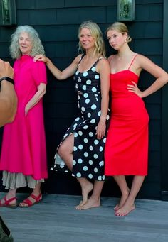 Apple Martin Interviews Gwyneth Paltrow and Blythe Danner Goop Gwyneth, Blythe Danner, Mom And Grandma, Family Affair, Gwyneth Paltrow, Real Beauty, Makeup Trends, Most Beautiful, Celebrity Style