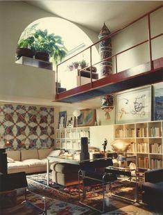 Home Interior Design — Archivio Gae Aulenti Milan, photo by Santi Caleca. Home Interior, Interior Architecture, Interior Decorating, 80s Interior Design, Decorating Ideas, Apartments Decorating, Decorating Bedrooms, Bedroom Decor, Decor Ideas