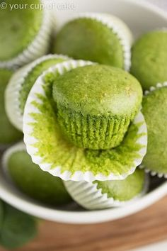 These egg free healthy muffins go by many names, Hulk Muffins, Monster Muffins or Green Machine Spinach Muffins! They're an easy way to eat more spinach! Healthy Green Machine Spinach Muffins Don't b Baby Muffins, Egg Free Muffins, Toddler Muffins, Egg Free Cookies, Spinach And Feta Muffins, Spinach Cake, Veggie Muffins, Healthy Muffins, Baby Spinach