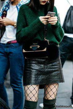 Milan Fashion Week весна-лето 2017 - street style