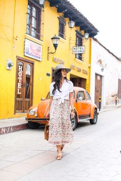 Wandering San Cristobal de las Casas - With Love From Kat Mexico Vacation Outfits, Outfits For Mexico, Mexico Fashion, City Outfits, Boho Outfits, City Style, Mexico City, What To Wear, Photoshoot