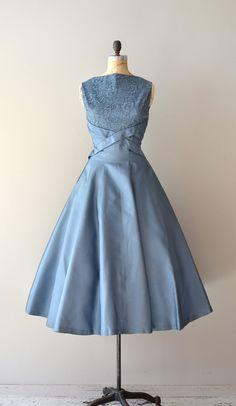 1950's Silk Dress with Lace Overlay Bodice. Love the cross cummerbund waist.......