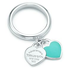 Tiffany & Co. - Return to Tiffany™ double heart ring in silver with Tiffany Blue® enamel finish. from Tiffany & Co. Saved to Epic Wishlist. Tiffany And Co Jewelry, Tiffany Rings, Tiffany Bracelets, I Love Jewelry, Silver Jewelry, Jewelry Design, Craft Jewelry, Jewelry Rings, Silver Rings