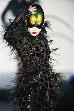 Thierry Mugler Haute Couture   Блогер Skarletty на сайте SPLETNIK.RU 21 декабря 2014   СПЛЕТНИК