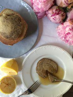Zitronen-Mohn-Blini. Easy like Sunday Mornin'!