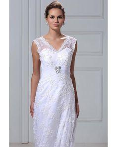 Cheap Vintage V-neck Court Plus Size Lace Veronikas Wedding Dress Online - PTDRESS