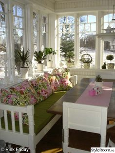 Sunroom Dining, Sunroom Decorating, Cottage Kitchens, Old Farm Houses, French Country House, New Room, Country Decor, Cottage Style, My Dream Home