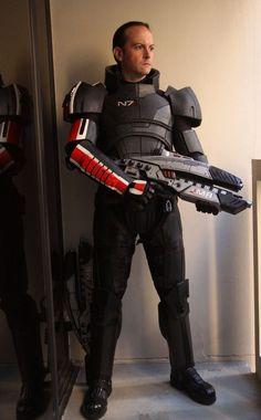 diy mass effect armor.. kickass