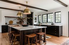44th Street - Design Shop Interiors Home Decor Kitchen, Kitchen And Bath, Kitchen Interior, Home Kitchens, Kitchen Dining, Kitchen Ideas, Dr Kitchen, Kitchen Cabinets, Kitchen Magic
