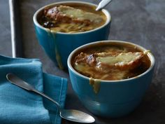 Light French Onion Soup : Recipes : Cooking Channel with swiss chard Cooking Channel Shows, Cooking Channel Recipes, Onion Soup Recipes, Chard Recipes, Soup Appetizers, Food Obsession, Slow Cooker Soup, French Onion, Food Network Recipes