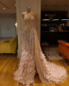 EsB Weedings 2020 Wedding recption dress for stylish and stuning look Dresses - Designer Dresses Couture Gala Dresses, Event Dresses, Formal Dresses, Men In Dresses, Sexy Dresses, Couture Dresses Gowns, Gold Formal Dress, Casual Dresses, Reception Dresses
