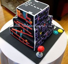 Four Retro Video Games On One Cake