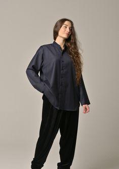 Lois Girre in a Liwan shirt in light wool Showcase Design, Normcore, Paris, Wool, Shirts, Style, Fashion, Swag, Moda