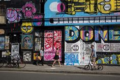 """""""In London, each neighbourhood has its own vibe, and each decade has had its own fingerprint on style."""" Simon Miller, KMS Global Style Council #stylematters #kmshair #london #streetart"""