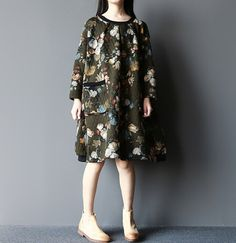 """【Fabric】 cotton 【Color】 green, red 【Size】 Shoulder 58cm / 23 """" Bust 135cm / 53 """" Sleeve 39cm / 15.2 """" Cuff around 22 cm / 9 """" Great arm circumference 42cm / 16 """" Waist 160c..."""