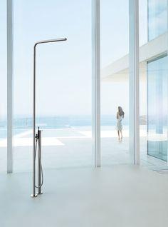 est edit : Outdoor Showers | Vola FS3