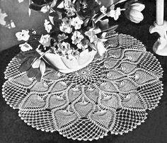 Pineapple Crochet Doily Patterns – Crochet For Beginners Crochet Doily Patterns, Crochet Borders, Crochet Doilies, Crochet Edgings, Crochet Ideas, Crochet Projects, Crochet Cross, Thread Crochet, Crochet Yarn