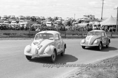 64776 - David Walker & Brian Milton, Frank Hann & Graham Forrest, VW1200…