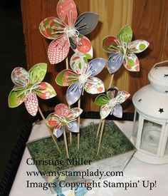 Cute flowers with video tutorial on how to make them.