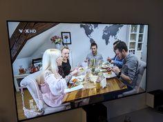 """Heute haben wir unsere Weltkarte L aus Eisenglimmer das erste mal im Fernsehen beim """"perfekten Dinner"""" entdeckt. Ein toller Moment für uns. www.worldmap24.de Moment, Montage, Flat Screen, Design, World Wide Map, View Tv, Stencils, Hang In There, Tutorials"""