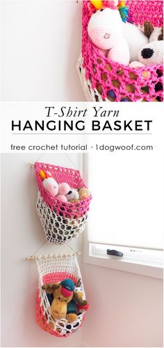 Make a loose mesh fabric yarn or t-shirt yarn hanging basket with this free crochet pattern from Crochet Home, Crochet Gifts, Crochet For Kids, Crochet Yarn, Free Crochet, Crochet Basket Pattern, Crochet Patterns, Crochet Baskets, Crochet Ideas