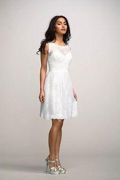 Vestido de noiva curto elegante